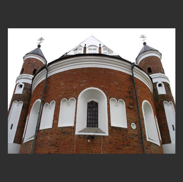 Маломожейковская церковь Рождества Богородицы. Вид с востока на апсиду. Предп. 1524