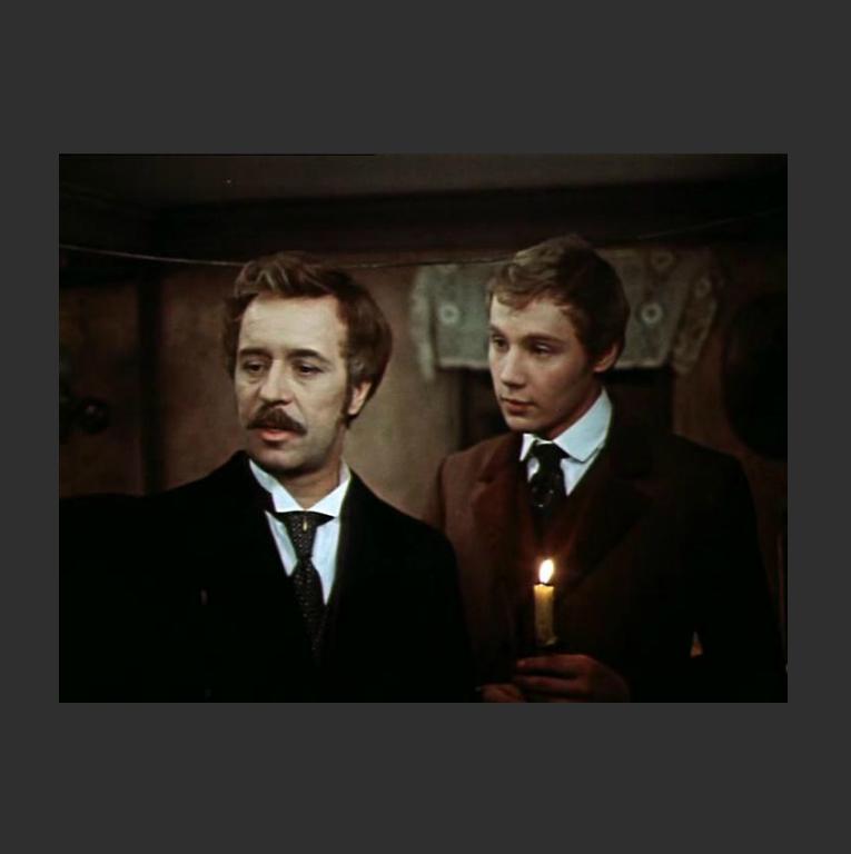 О. Борисов в роли Версилова (слева) и А. Ташков в роли Долгорукого. Кадр из фильма «Подросток». 1983