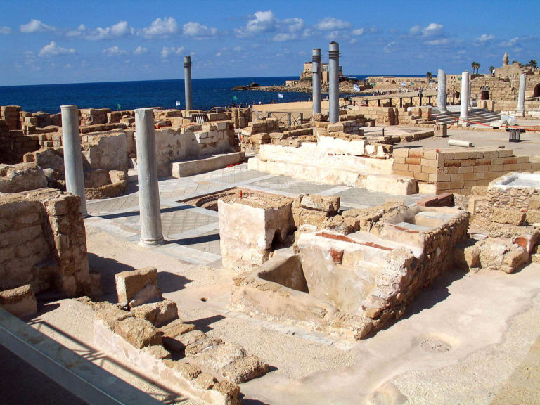 Современные раскопки в Кесарии Палестинской
