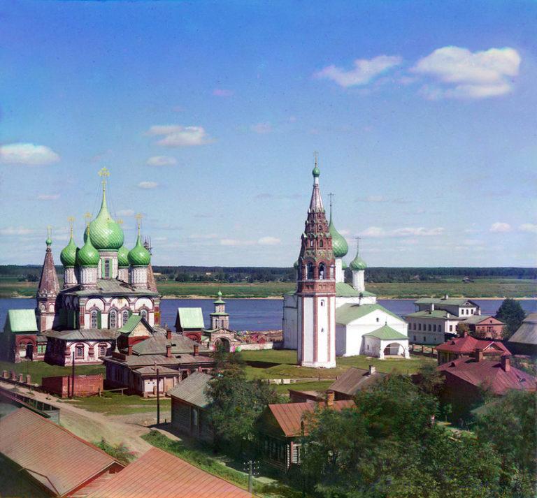 Вид на храмовый ансамбль в Коровниках, Ярославль. Фото 1911 г.