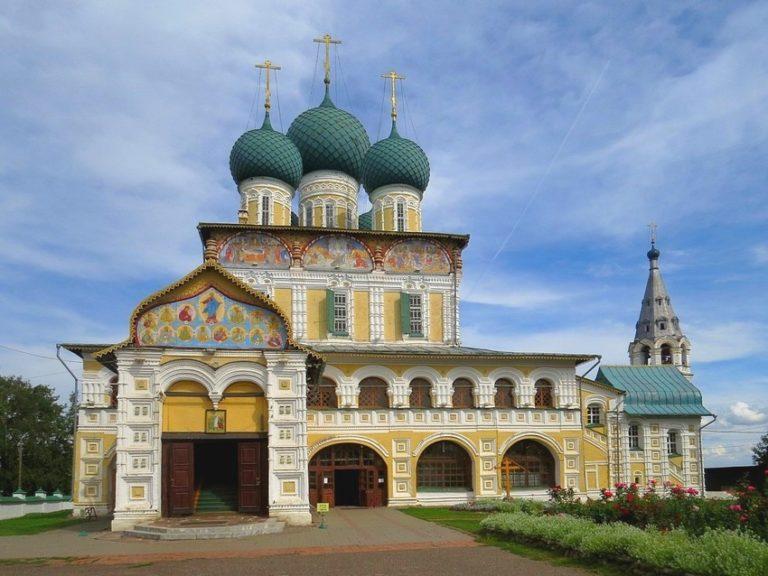 Воскресенский собор, вид с запада. 1670–1678