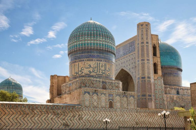 Мечеть Биби-Ханым. 1399-1404