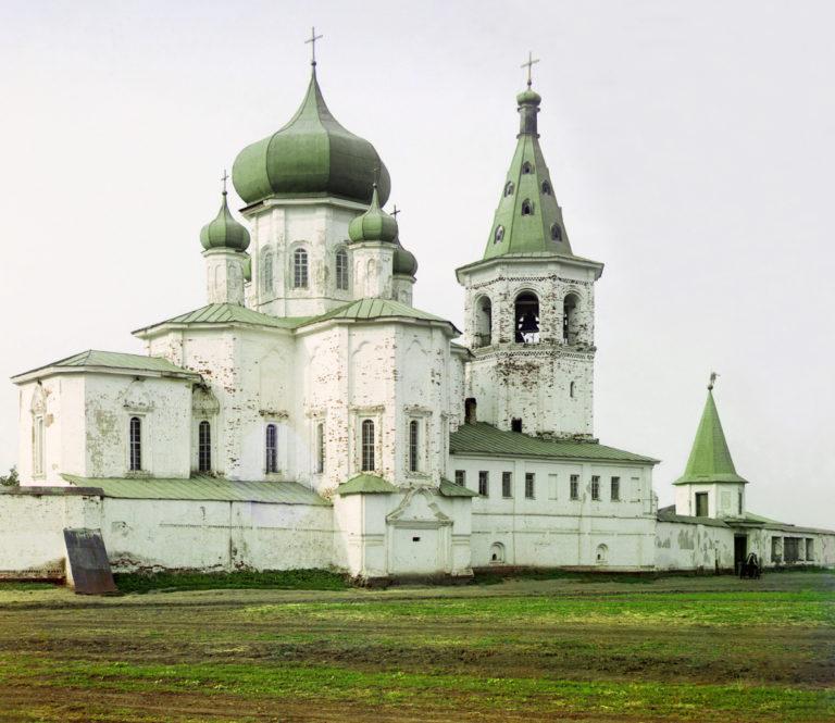 Надвратная церковь Петра и Павла. 1726–1727, 1737–1741. Фото 1912 г.