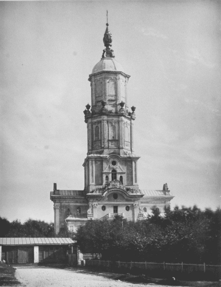 Церковь Архангела Гавриила («Меншикова башня»). 1704–1707